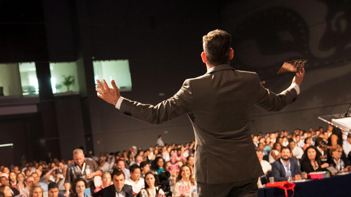 Nasihat Tentang Cara Menyampaikan Pidato Publik Yang Sukses