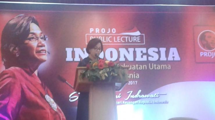 Menkeu, Sri Mulyani memberikan kuliah umum kepada relawan pendukung Presiden Joko Widodo (Projo)