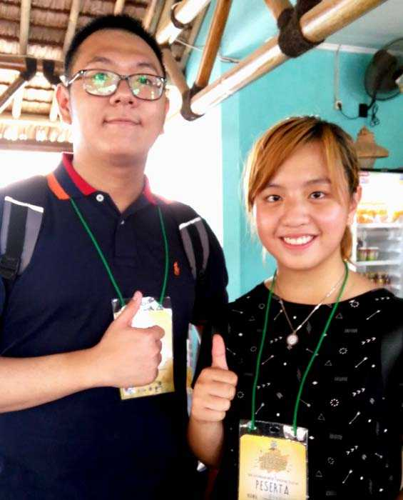 Ricky dan Shania, peserta Lomba Fotografi. (Foto: Gapey Sandy)
