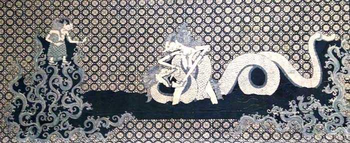 Batik Motif Naga Wayang Nitik koleksi Mayasari Sekarlaranti dari Galeri Batik Jawa, Yogyakarta. (Foto: Gapey Sandy)