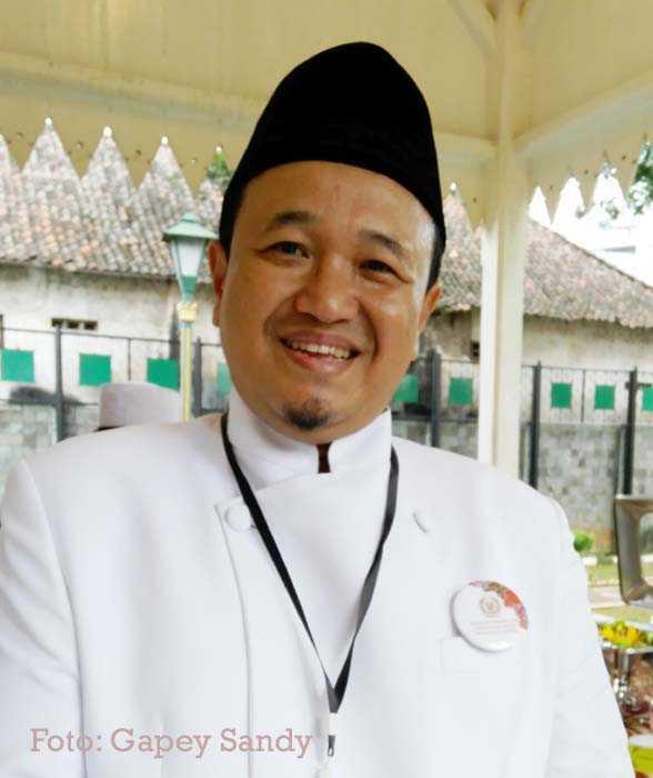 Ketua Umum Asosiasi Perajin dan Pengusaha Batik Indonesia (APPBI) Komarudin Kudiya. (Foto: Gapey Sandy)