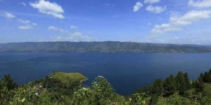 Danau Toba Sumatera Utara (sumber Kompas.com)