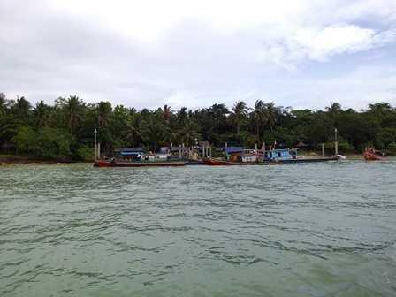 Pemandangan Pulau Liwungan dari Kapal (Dokpri)
