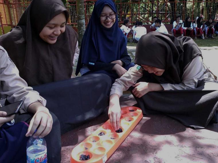 Ragam Manfaat Bermain Permainan Tradisional Untuk Anak Halaman All Kompasiana Com