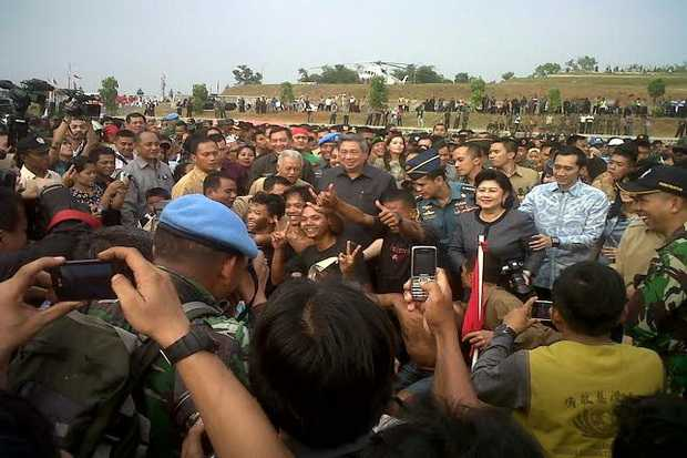 Meski sudah turun sebagai Presiden, SBY tetap disambut oleh rakyat