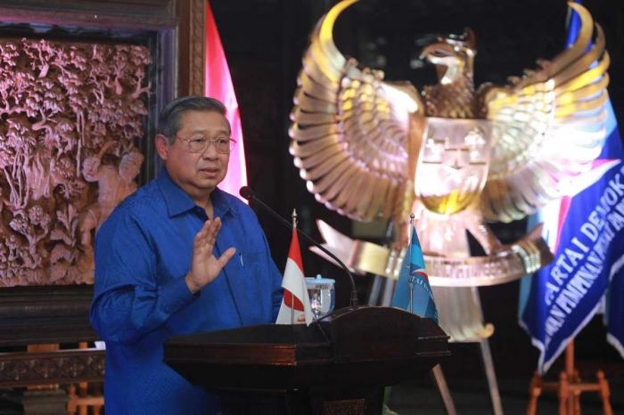 Ketua Umum Partai Demokrat Susilo Bambang Yudhoyono (SBY) di Malam Inaugurasi Kader Baru Partai Demokrat yang digelar di Puri Cikeas, Kabupaten Bogor, Kamis malam (15/2). (Sumber: Demokrat.or.id)