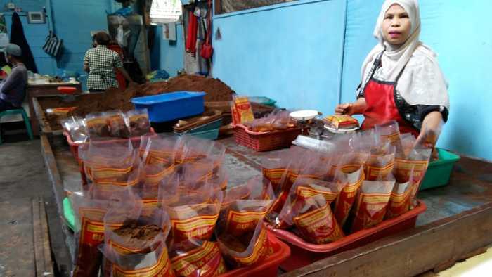 Berkunjung ke Pabrik Kopi Robusta di Tabek Patah, Sumatera Barat