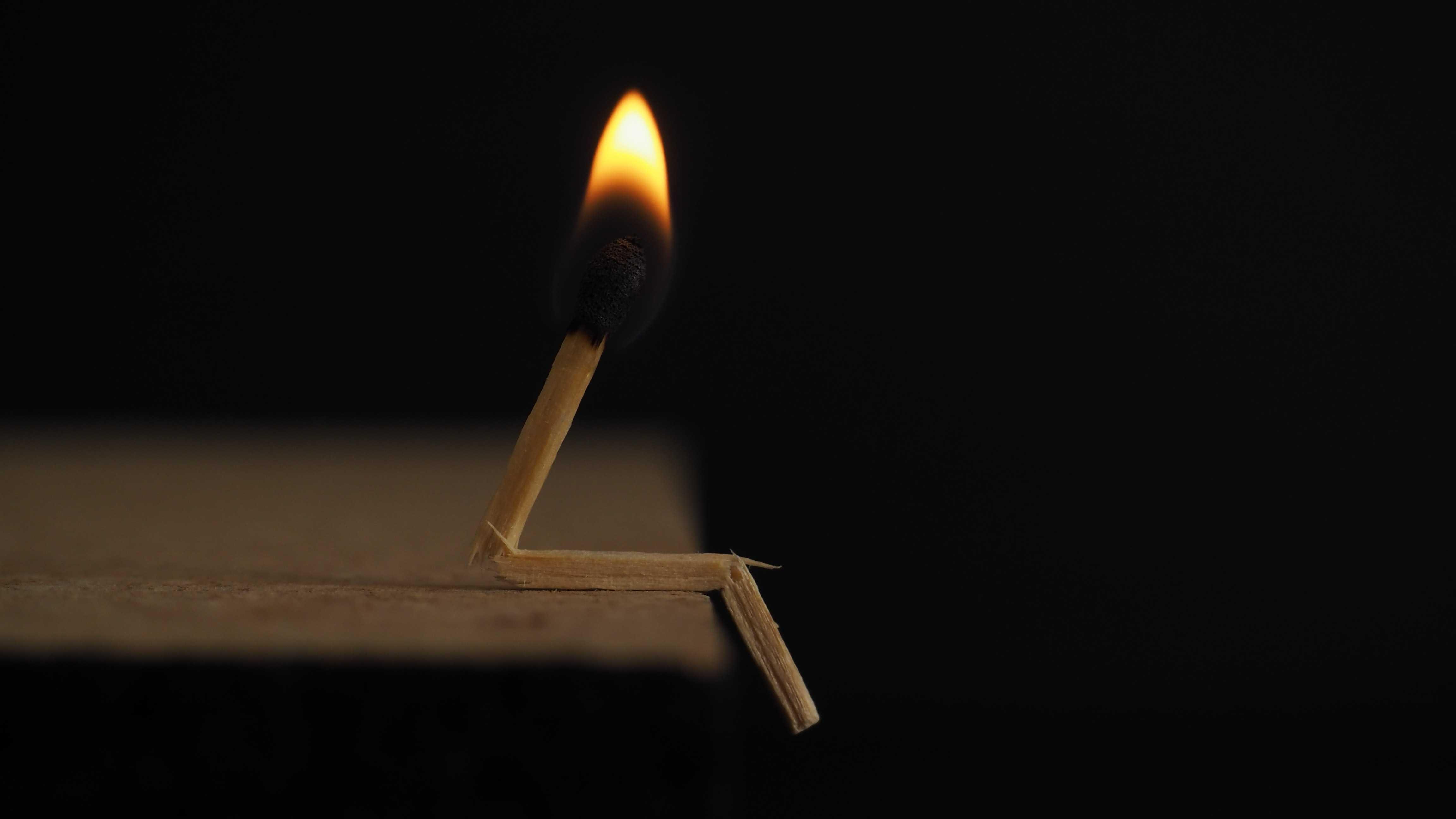 Blaze Blur by Sebastian Sorensen - foto: pexels.com