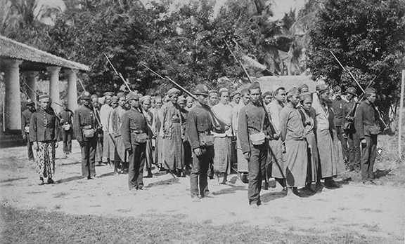 Para Pejuang Geger Cilegon 1888 yang ditangkap Belanda. Foto Dok. KTLV