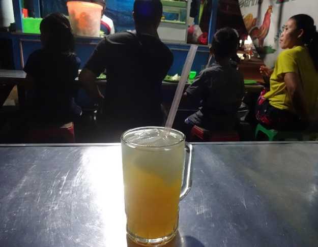 Minuman Jeruk Dingin, aktor utama pembatal puasa (Sumber: dokumen pribadi)