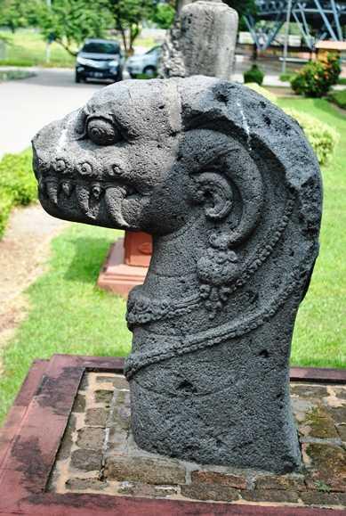 Naga di Museum Trowulan (Dokumentasi pribadi)