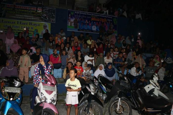 Penonton malam takboran di Lapangan Indera Sakti. | Dokumentasi Pribadi