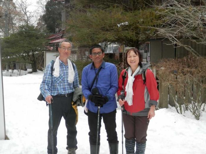 Hiking bersama keluarga baru saat Student Exchange ke Jepang, Tahun 2014. Sumber foto: Dokumentasi Pribadi