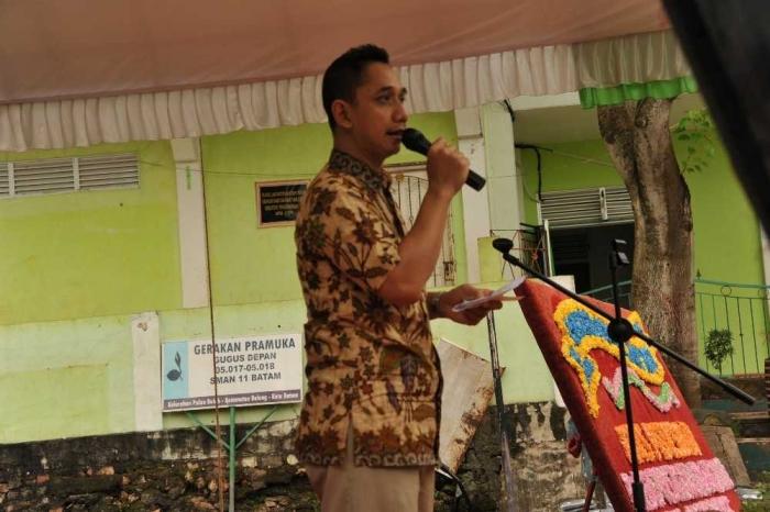 Arief Transaindra Kushermawan, Direktur Bisnis & Pengembangan TGI menginspirasi siswa SMAN 11 Batam di Pulau Buluh.