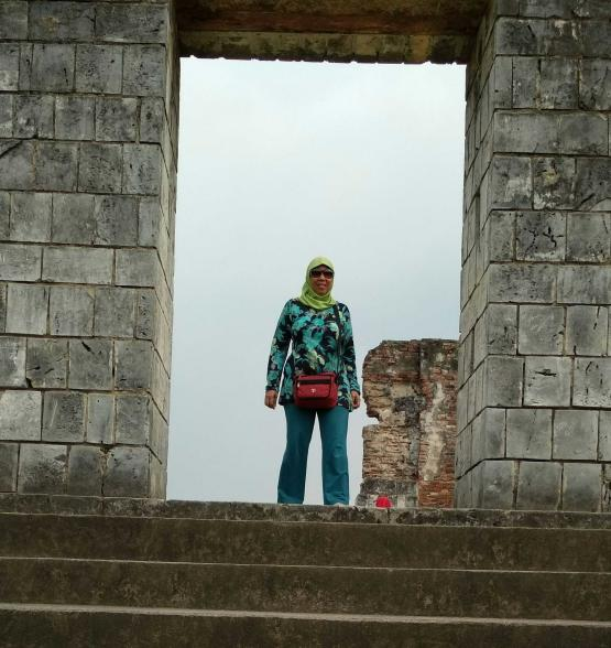 Salah satu pintu keraton Kaibon (dok pri)