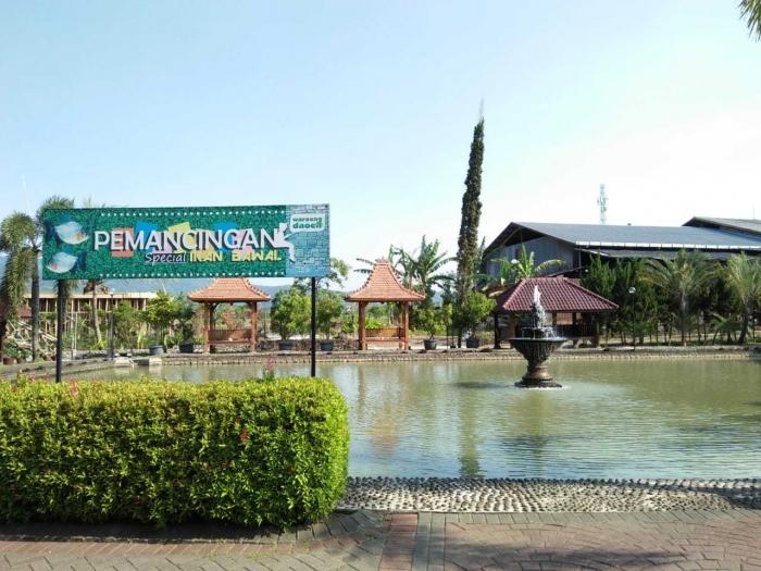 Kolam pemancingan ikan (dok.pribadi)
