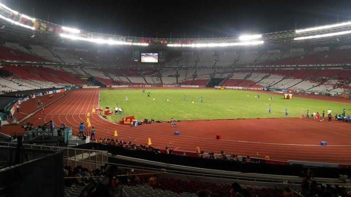 suasana stadion ketika lomba atletik (dok pribadi)