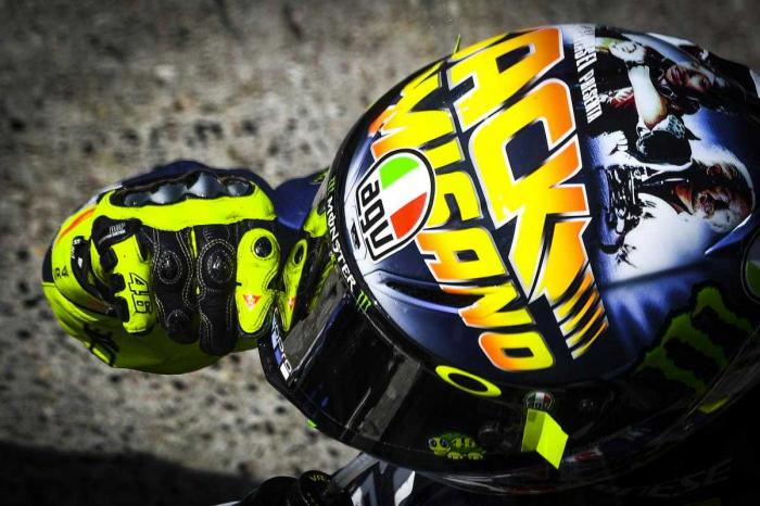helm spesial VR46 buat Misano (dok.MotoGP.com)