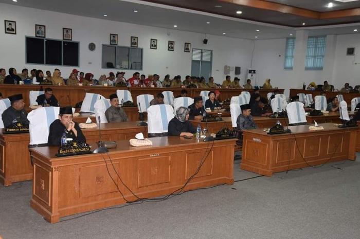 Suasana rapat paripurna DPRD Kabupaten Bangka (dook Humas Bangka)