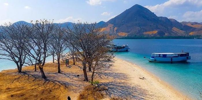 Pulau Kelor. sumber: instagram.com/sintiaaprilianq
