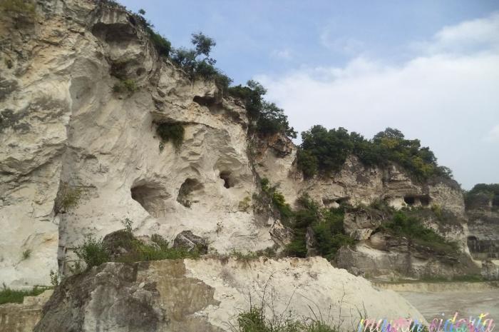 Lebih dekat dengan bukit kapur Suci (dok.pri)