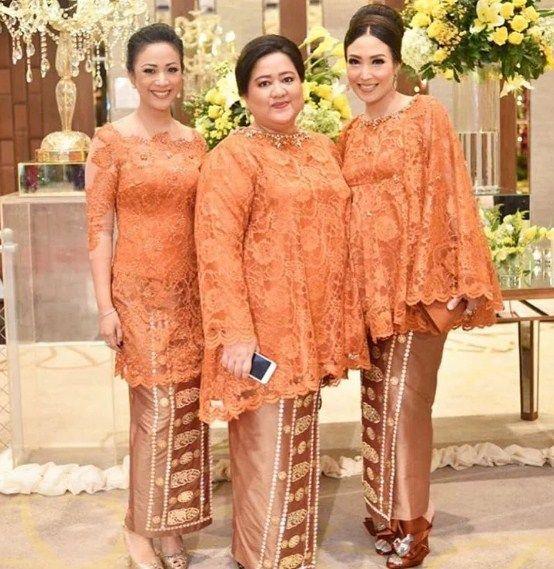 Ide Model Gamis Brokat Untuk Wanita Gemuk Oleh Bagas Kurniap
