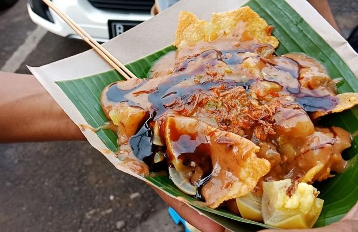 Berburu Cungkring Kuliner Langka Khas Bogor Oleh Madyanger Halaman