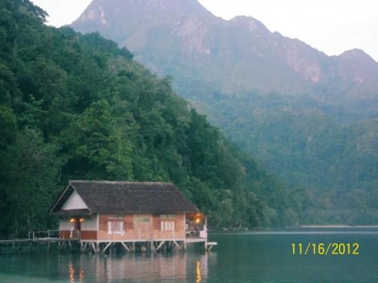 Surga yang Hilang di Pulau Seram, Maluku Tengah