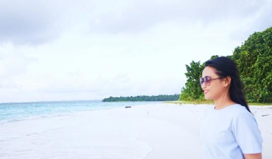 Dua Keping Surga di Tampuk Nusantara