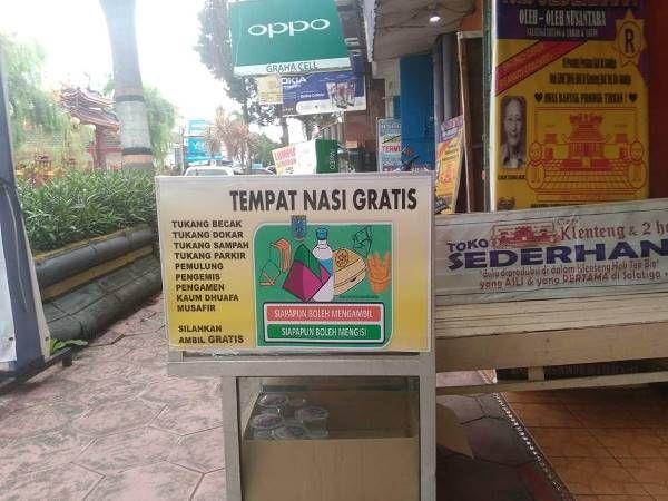 sedekah nasi sedekah makanan tempat nasi gratis