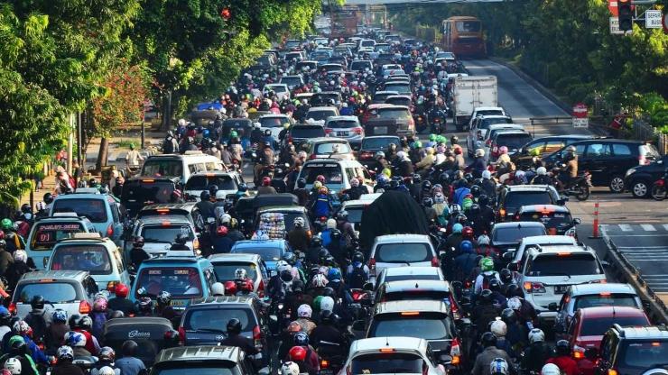 Kemacetan di Jakarta (Sumber: viva.co.id)