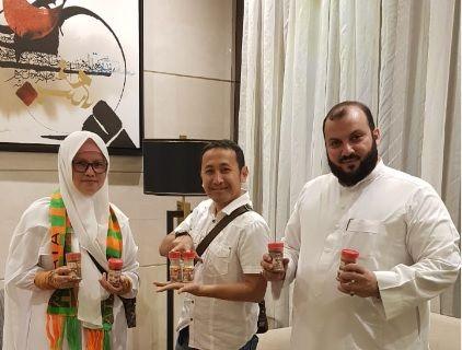 Veni Bumbu menjajaki kemungkinan kerja sama dengan catering di Arab Saudi (dok. Veni)