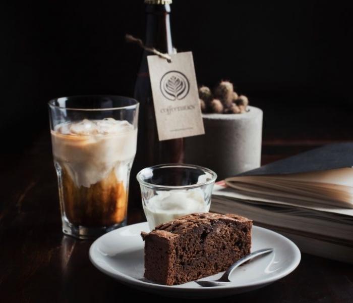 Kopi yang disajikan Coffeenatics rasanya khas dan diolah sendiri foto dok. pribadi