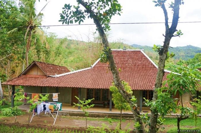 Bangunan Lawas milik masyarakat di Desa Tegalrejo, Gedangsari, Gunung Kidul (Dokumentasi pribadi)
