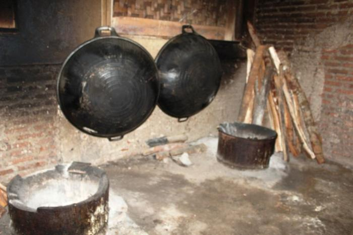 Dapur pembuatan Jander