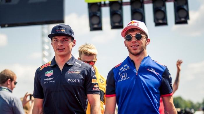 Max Verstappen dan Pierre Gasly| Sumber: www.formula1.com