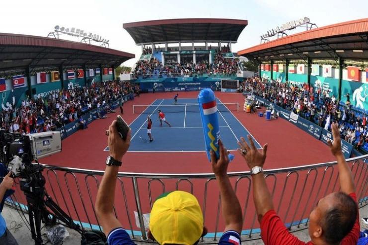 Kemeriahan pertandingan tenis di Jakabaring | Sumber: ANTARA FOTO/INASGOC/WAHYU PUTRO A