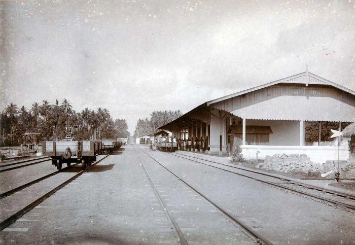 stasiun banyuwangi lama zaman dulu