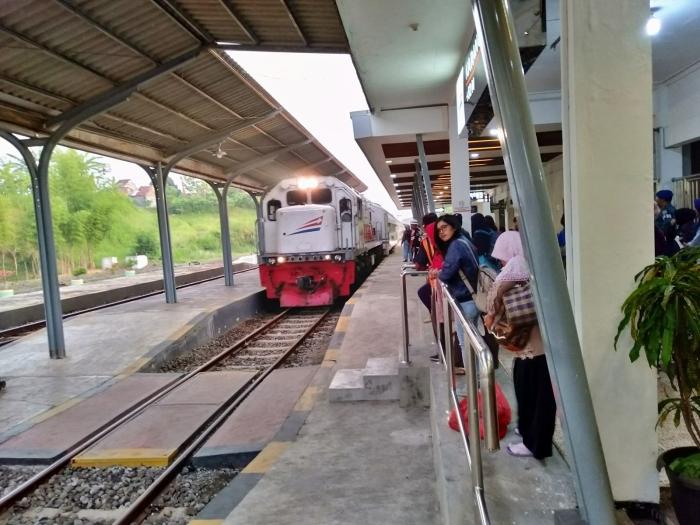 stasiun karangasem