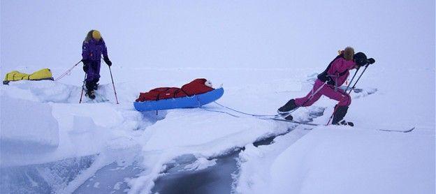 Kereta luncur Jade hampir tergelincir ke sungai dalam perjalanan ke Kutub Utara (Sumber: mont.com.au).