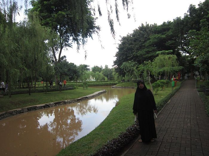 Jakarta Yang Kian Hijau Longok Taman Cattleya Kompasiana Com