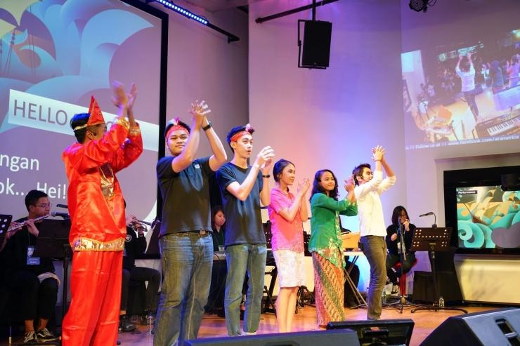 Mahasiswa Prodi Musik UPH sendiri menjadi pemeran drama musikal untuk penonton berkebutuhan khusus. (dokpri)