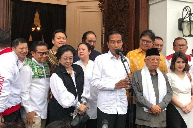 Konferensi pers Jokowi-Ma'ruf menanggapi proses hitung cepat 12 lembaga survei yang mencatatkan kemenangan perolehan suara dalam Pilpres 2019 (kompas.com).