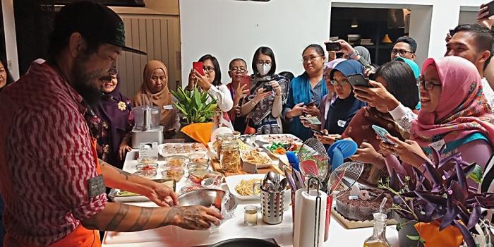 Suasana demo masak. (Foto GANENDRA)