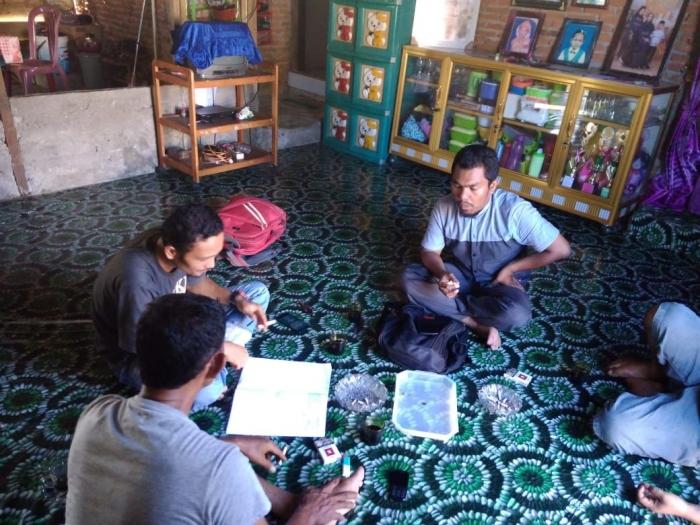 Dokpri : Pendamping Desa bersama kepala desa desa muka Blang Bapak Khairuddin