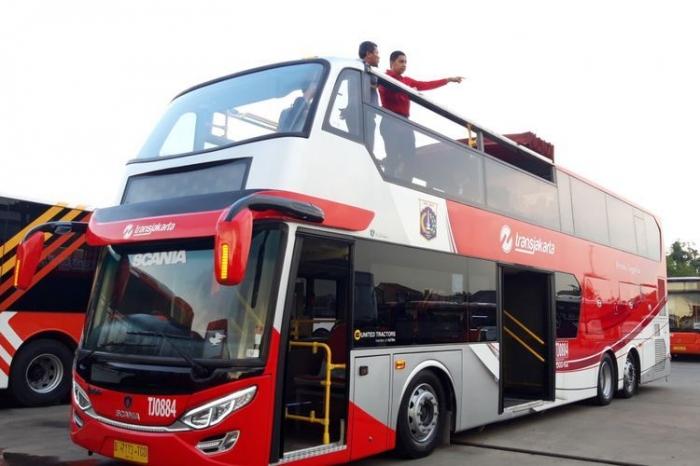 Ilustrasi: Kendaraan wisata Jakarta. Sumber: Kompas