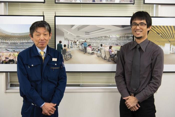 www.nippon.com - Komatsu Yukio (kiri) dan Tasaka Akihiko, mereka mendesain tempat duduk kursi roda di stadion.