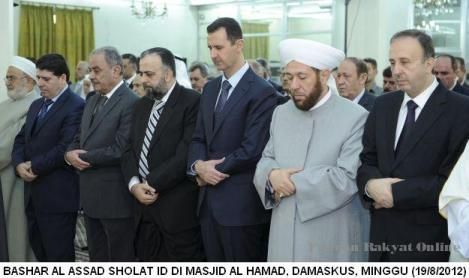 bassar al-assad saat sholat ied ( pikiran rakyat online)