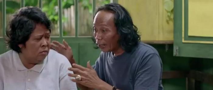 Interaksi Suti Karno dan Mandra terasa natural | Dokumentasi: Karnos Film/Falcon Pictures