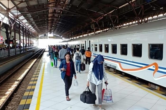 Jumlah penumpang kereta api di Stasiun Purwokerto mulai naik memasuki musim mudik lebaran, Senin (11/6/2018).(Dok. Humas Daop 5 Purwokerto)